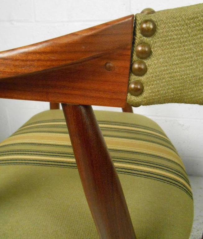 Set of Six Danish Modern Dining Chairs in the style of Kai Kristiansen 5