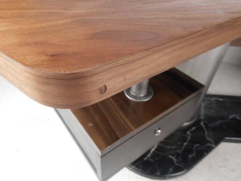 Impressive Modern Executive Desk  For Sale 3