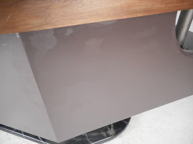 Impressive Modern Executive Desk  For Sale 4