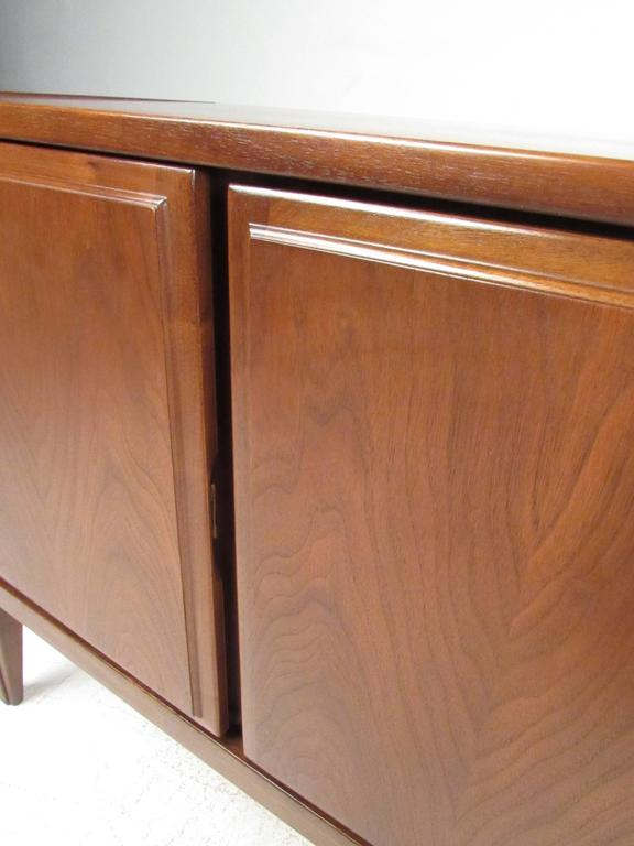 Mid-20th Century United Furniture Corporation Mid-Century Walnut Credenza For Sale