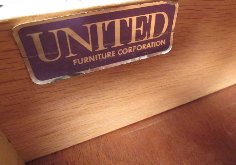 United Furniture Corporation Mid-Century Walnut Credenza For Sale 4