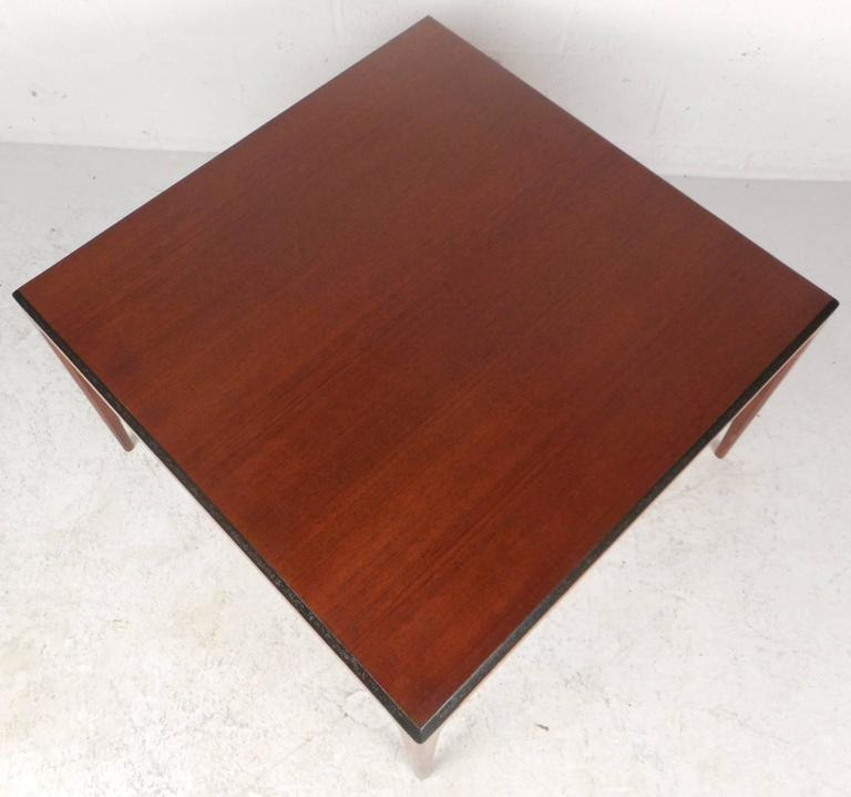 Late 20th Century Mid-Century Modern Walnut Coffee Table For Sale