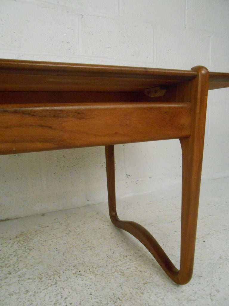 Peter Hvidt Teak Coffee Table For Sale 3