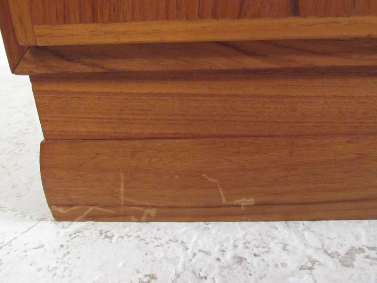 Scandinavian Modern Teak Storage Cabinet For Sale 3