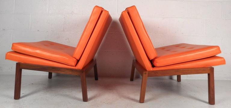 American Mid-Century Modern Slipper Lounge Chairs by Milo Baughman for Thayer Coggin For Sale