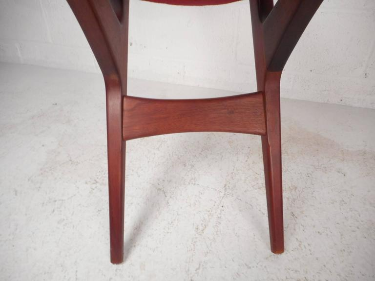 Set Of Four Mid-Century Modern Dining Chairs By George