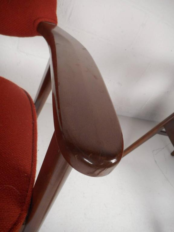 Late 20th Century Pair of Scandinavian Modern Arm Chairs For Sale