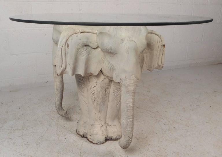 Mid-Century Modern Primitive Carved Wood Elephant Coffee Table In Good Condition For Sale In Brooklyn, NY