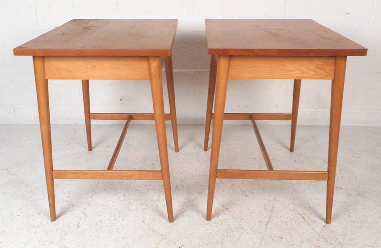 American Pair of Mid-Century Modern End Tables by Paul McCobb for Planner Group For Sale