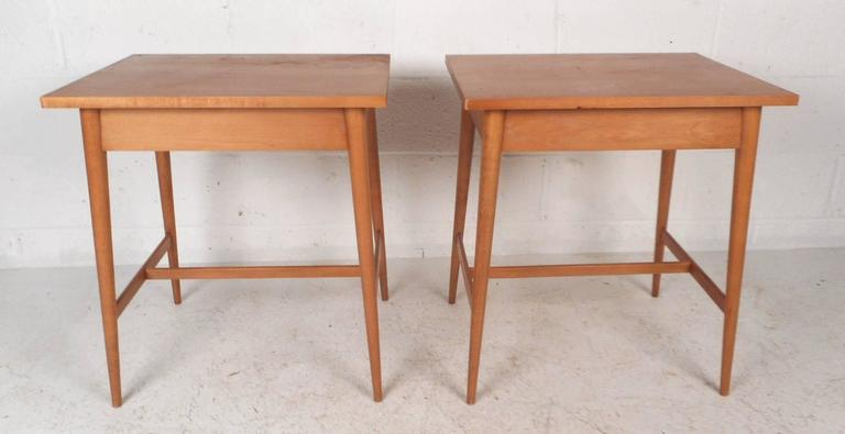 Mid-20th Century Pair of Mid-Century Modern End Tables by Paul McCobb for Planner Group For Sale