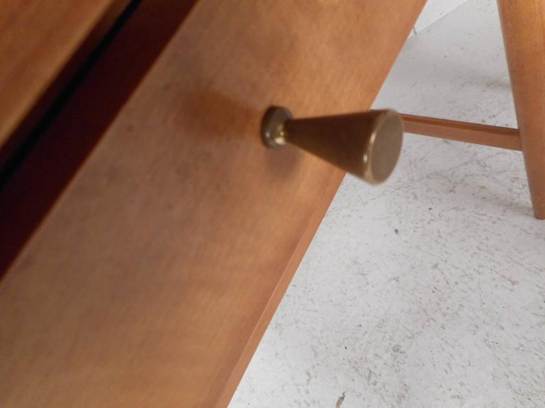 Pair of Mid-Century Modern End Tables by Paul McCobb for Planner Group For Sale 1