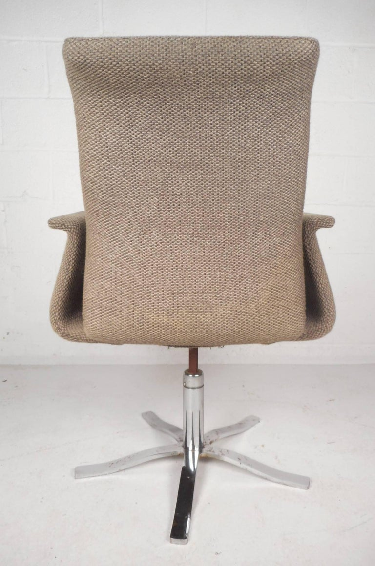 Unique mid century modern swivel lounge chair for sale at
