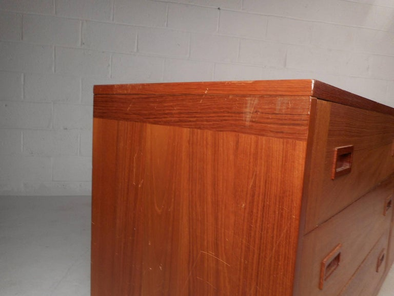 Large Mid-Century Modern Danish Teak Credenza For Sale 3