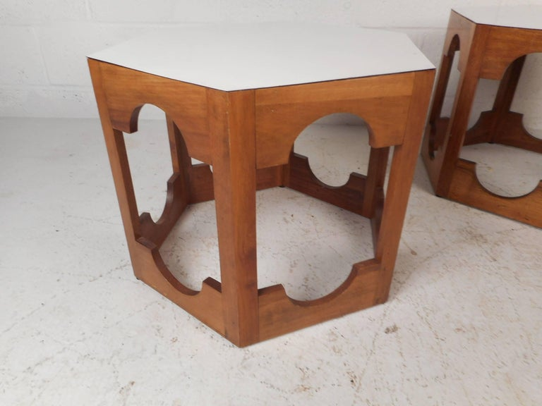 Late 20th Century Pair of Mid-Century Modern Italian Hexagonal End Tables For Sale