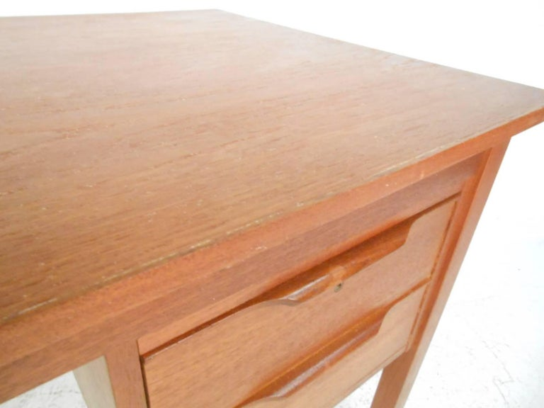Mid-Century Modern Danish Teak Desk For Sale 5