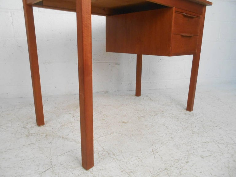 Mid-Century Modern Danish Teak Desk For Sale 3