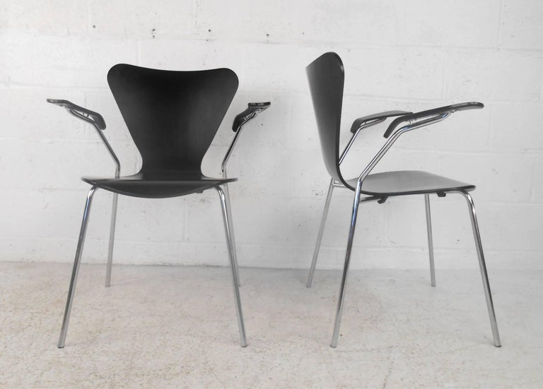 Set of Three Mid-Century Modern Italian Chairs In Good Condition For Sale In Brooklyn, NY