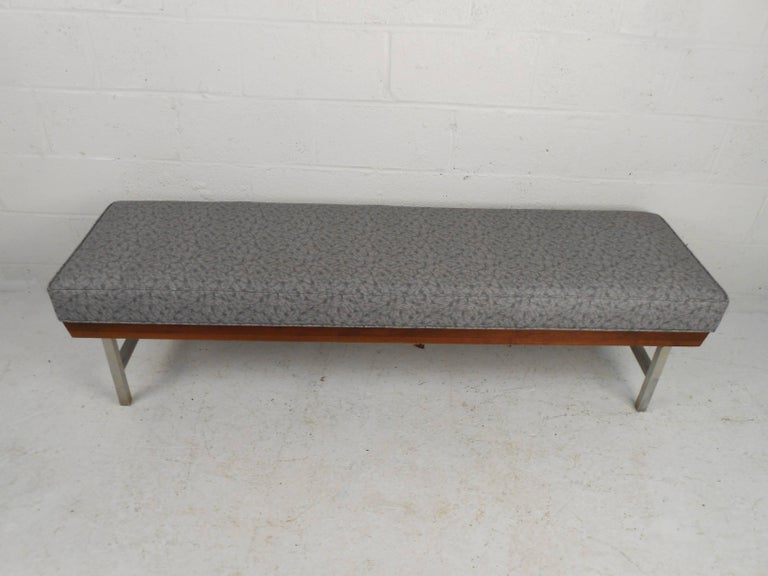 Unique Mid-Century Modern Bench In Good Condition For Sale In Brooklyn, NY