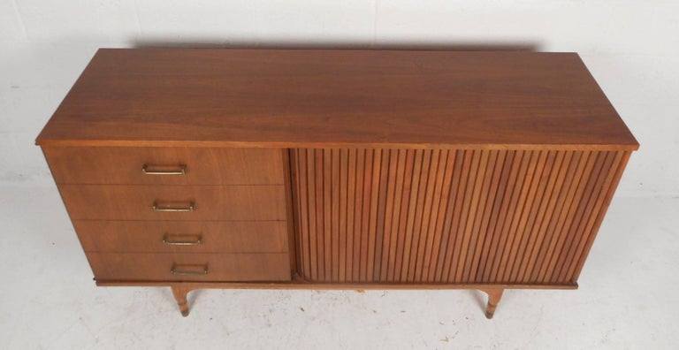 Compact Mid-Century Modern Credenza with a Tambour Door In Good Condition For Sale In Brooklyn, NY