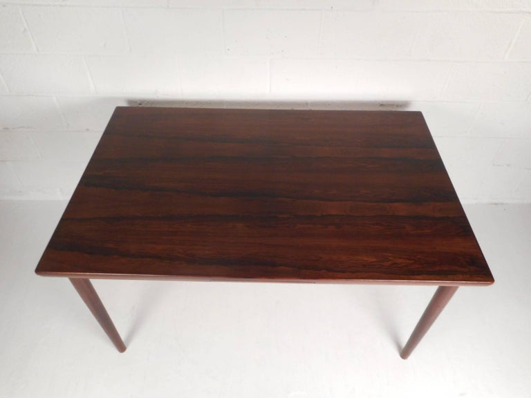 Mid-Century Modern Rosewood Draw Leaf Dining Table by Edmund Jorgensen In Good Condition For Sale In Brooklyn, NY
