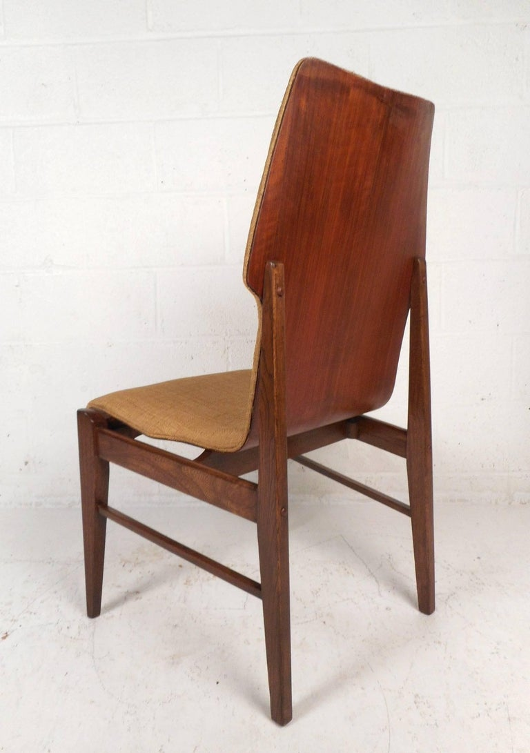 Upholstery Set of Four Mid-Century Modern Wood Back Dining Chairs For Sale