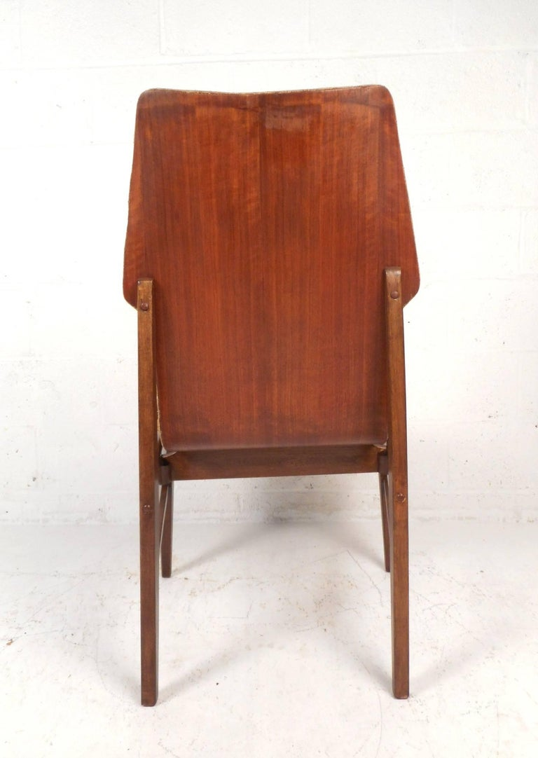 Set of Four Mid-Century Modern Wood Back Dining Chairs For Sale 1