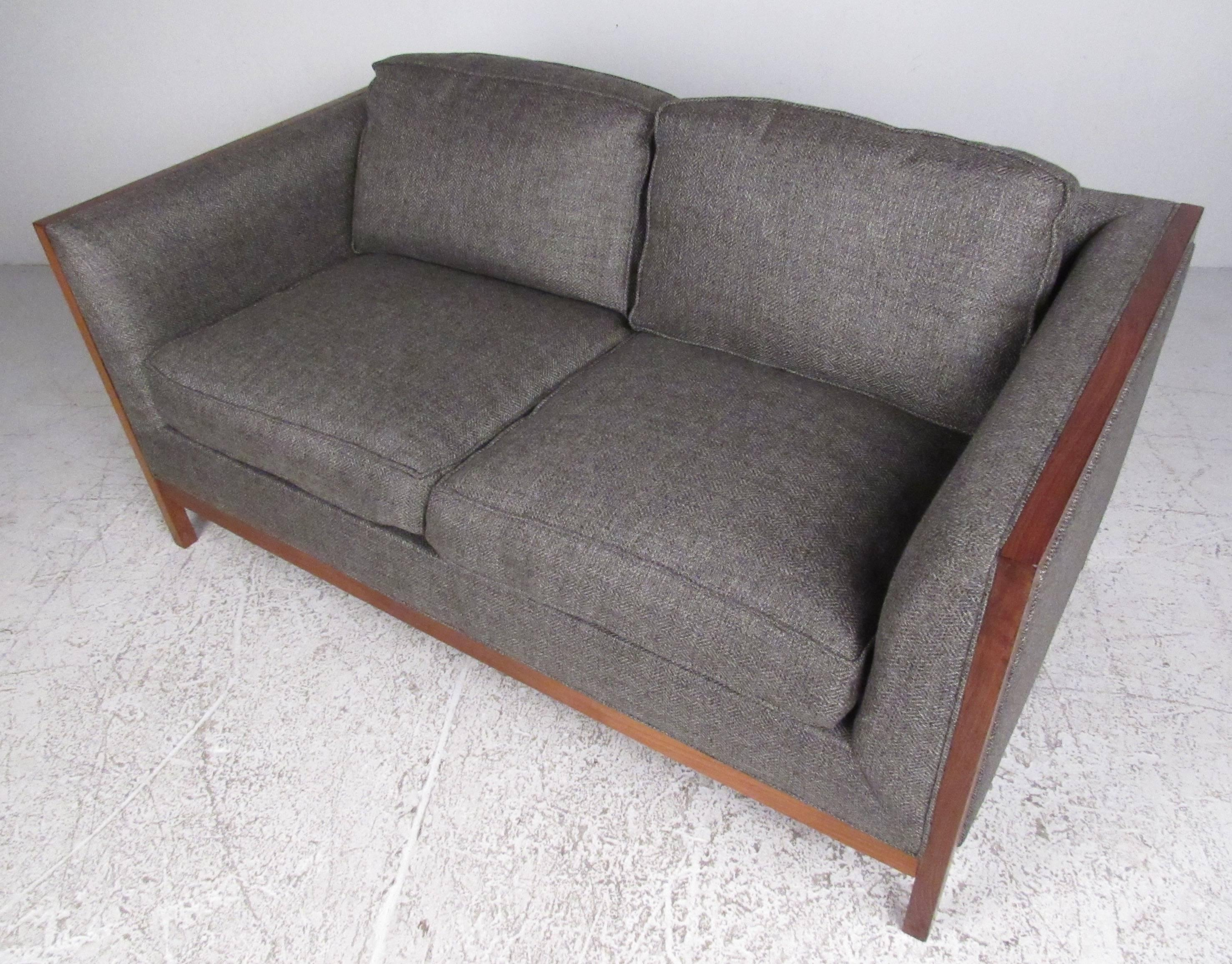 Mid Century Modern Midcentury Two Seat Sofa By Stow Davis For Sale