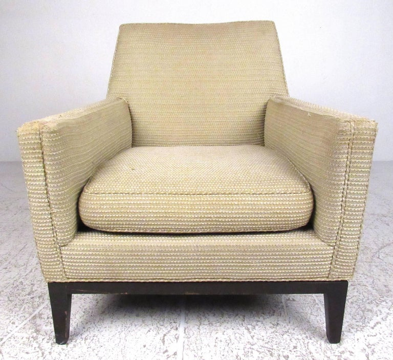 Classic Edward Wormley for Dunbar lounge chair, circa 1968. Please confirm item location (NY or NJ) with dealer.