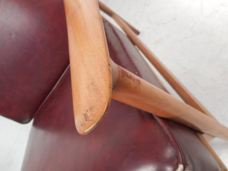 Mid-Century Modern Danish Teak Lounge Chair For Sale 2