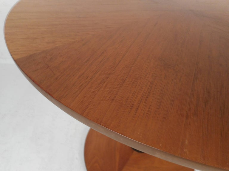 Late 20th Century Mid-Century Modern Kipp Stewart End Table by Drexel For Sale