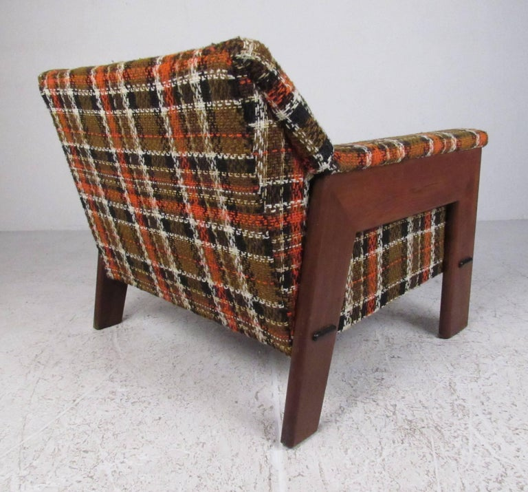 Adrian Pearsall Attributed Lounge Chair with Ottoman In Good Condition For Sale In Brooklyn, NY