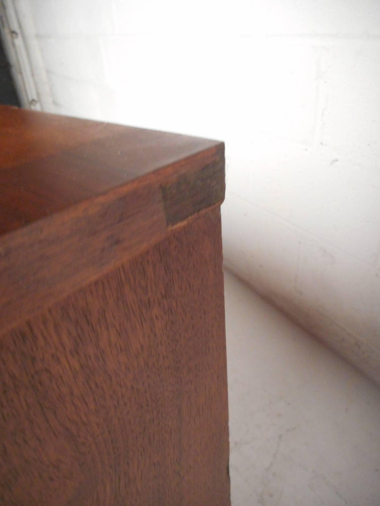 Petite Mid-Century Modern Walnut Credenza by Stanley Furniture For Sale 3