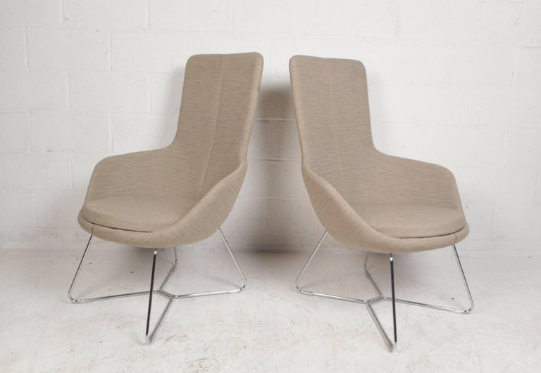 Mid-Century Modern Pair of Mid-Century Style High back Lounge Chairs For Sale