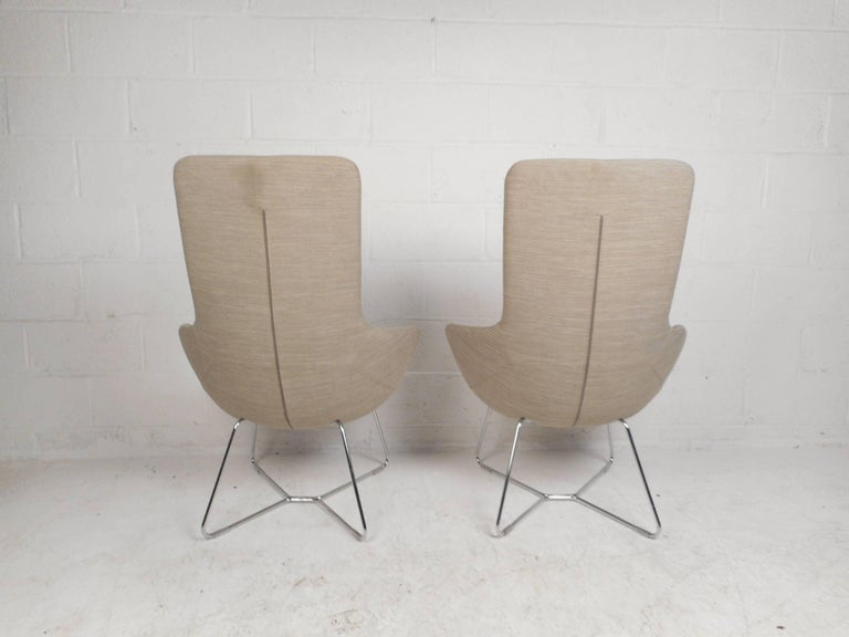 Pair of Mid-Century Style High back Lounge Chairs In Good Condition For Sale In Brooklyn, NY