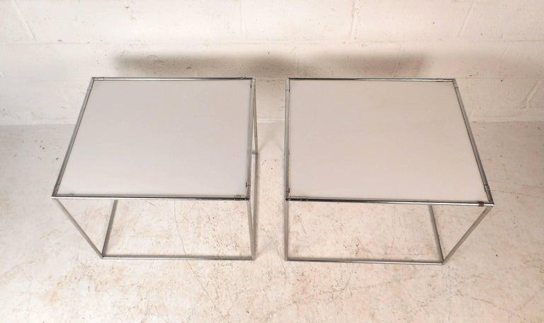 Chrome Pair of Mid-Century Modern End Tables For Sale