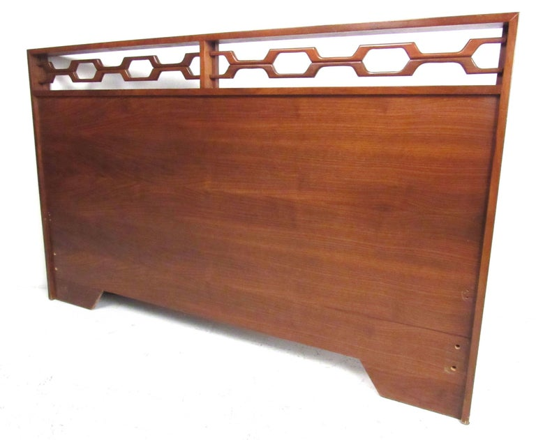 Full size headboard in American walnut, circa 1970s. Please confirm item location (NY or NJ) with dealer.