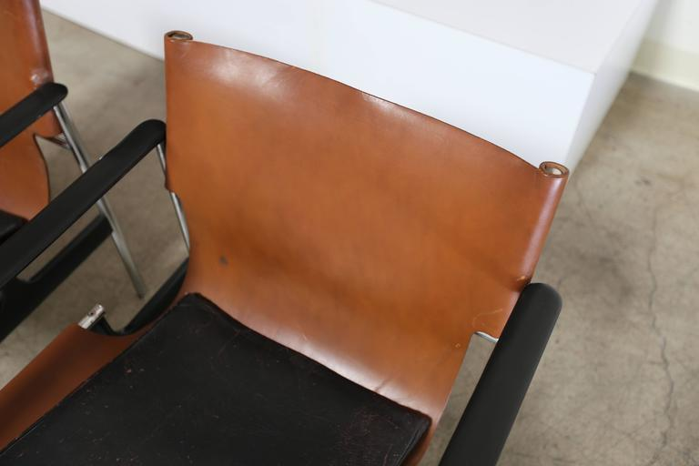 Pair of Lounge Chairs by Charles Pollock for Knoll In Good Condition For Sale In Costa Mesa, CA