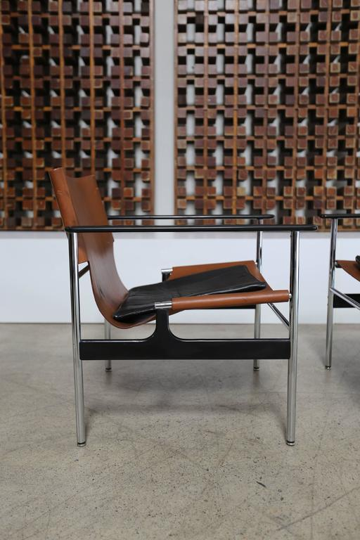 20th Century Pair of Lounge Chairs by Charles Pollock for Knoll For Sale
