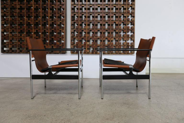 Pair of lounge chairs by Charles Pollock for Knoll.