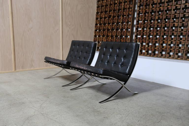 American Pair of Knoll 1972 Barcelona Chairs with Ottoman by Mies Van Der Rohe For Sale