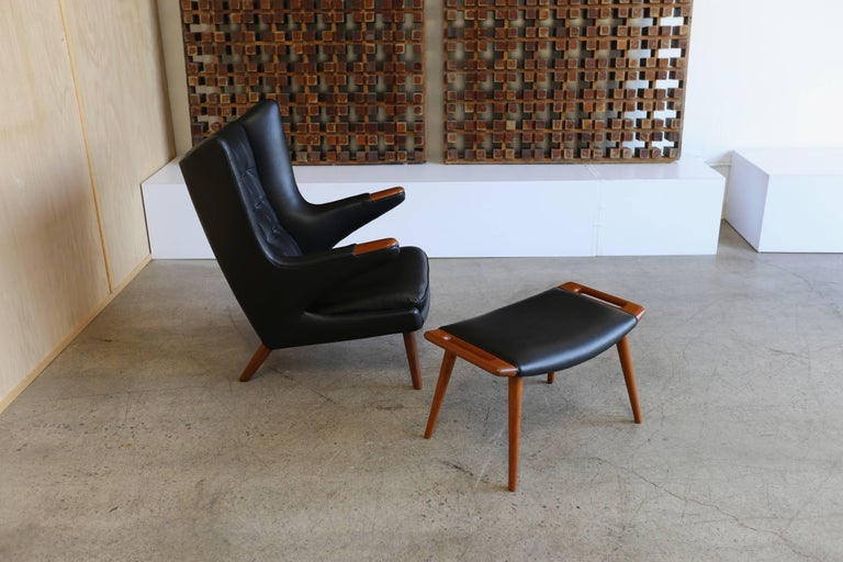 Black Leather Papa Bear Chair and Ottoman by Hans J. Wegner For Sale 3