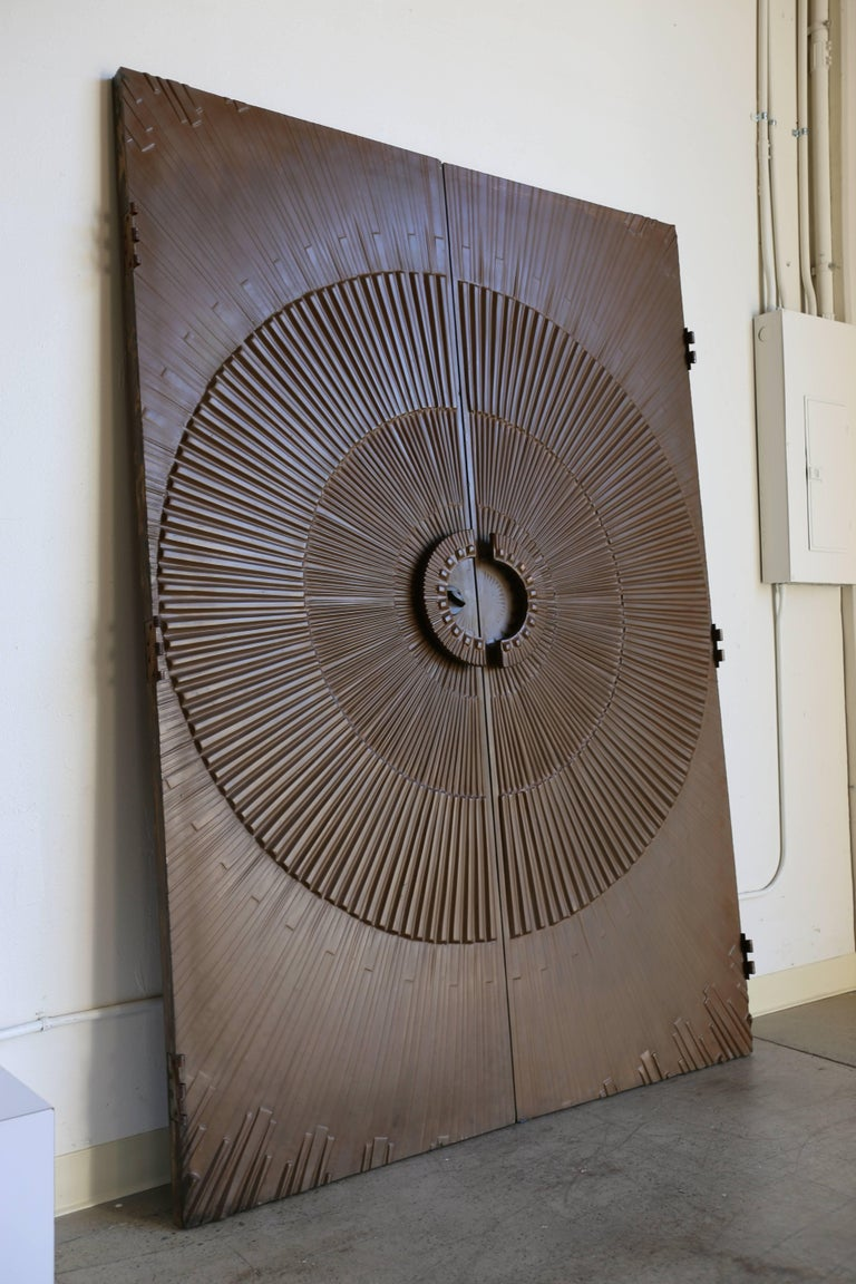 Sculptural Sunburst Bronze Doors by Kaylien In Good Condition For Sale In Costa Mesa, CA