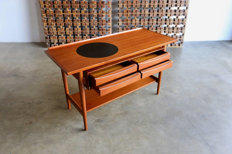 20th Century Console Table by Arne Vodder for Sibast Mobler For Sale