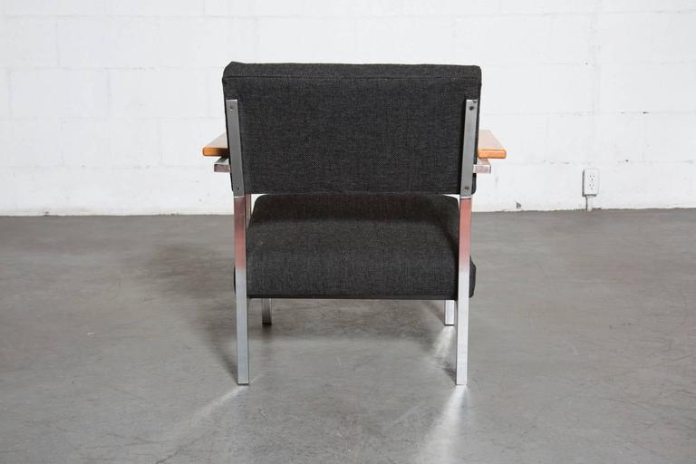 Spectrum Lounge Chair in Charcoal and Chrome In Good Condition For Sale In Los Angeles, CA