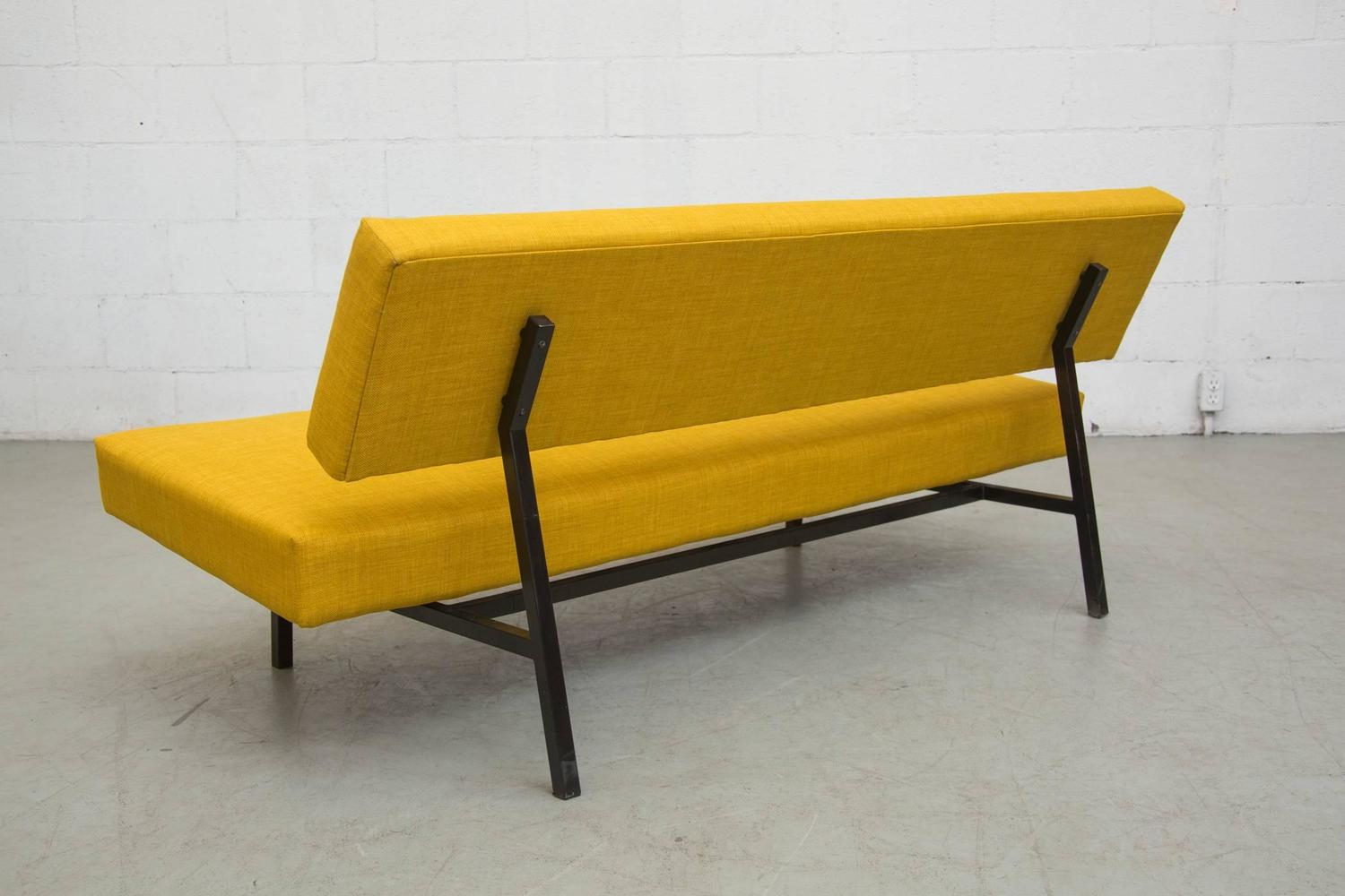 Martin Visser Style Sofa For 39 T Spectrum In Sunshine