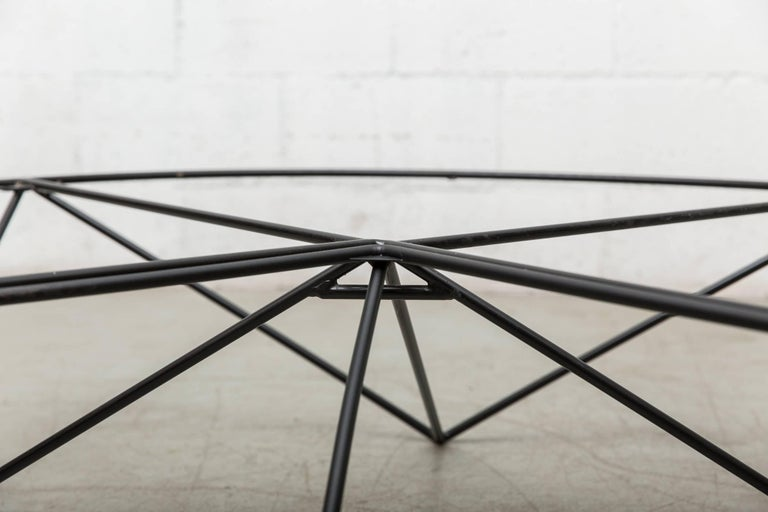 Paolo Piva Black Wire Corner Coffee Table In Good Condition For Sale In Los Angeles, CA