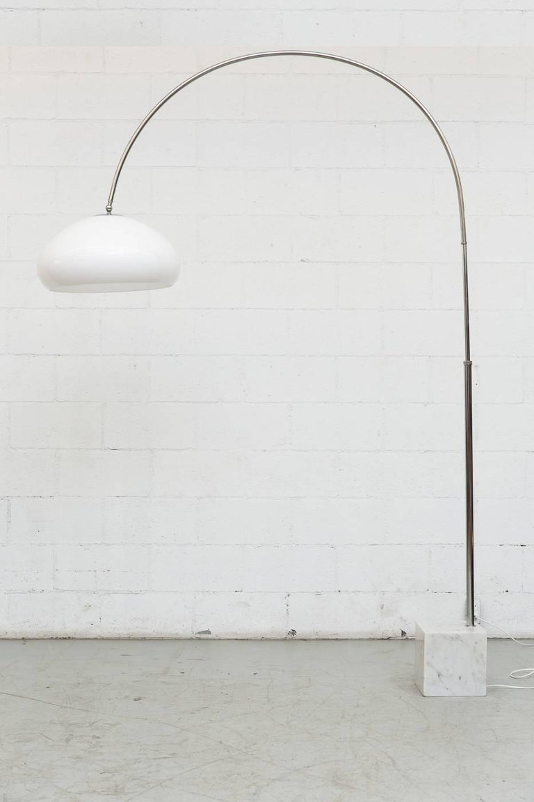 Large 1970s Arc Lamp with Cubic Marble Base In Good Condition For Sale In Los Angeles, CA