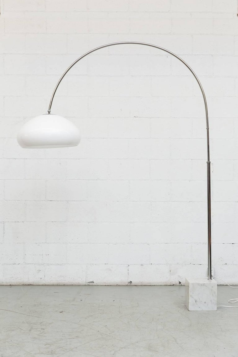 Mid-Century Modern Large 1970s Arc Lamp with Cubic Marble Base For Sale