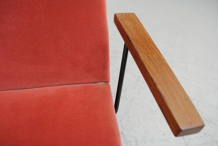Gispen 1409 Velvet Armchair For Sale 1