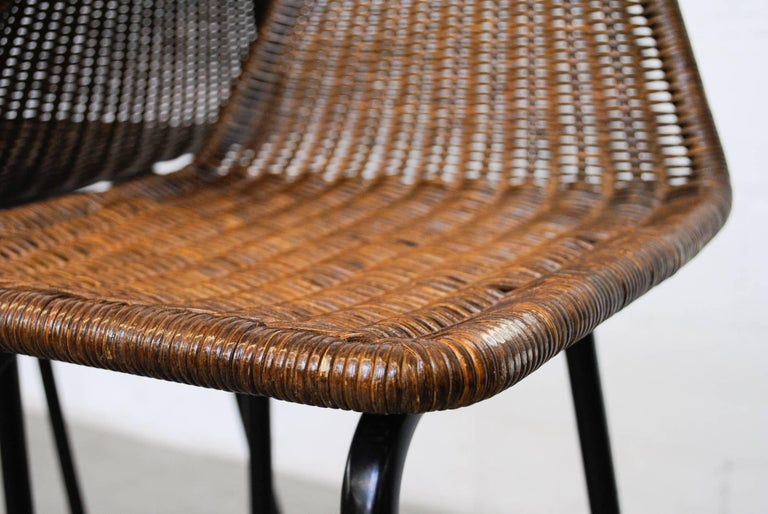 Mid-20th Century Pair of Charlotte Perriand Style Wicker Bar Stools For Sale